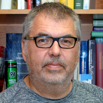Prof. Dr. Nils Brose